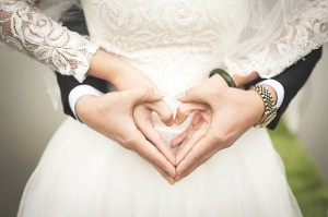 Traditionen und Hintergründe rund um die grüne/weiße Hochzeit